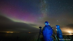 Gordon and me trying to photograph the aurora as the clouds came in. The stars were beautiful. Photo by Maciej Winiarczyk.