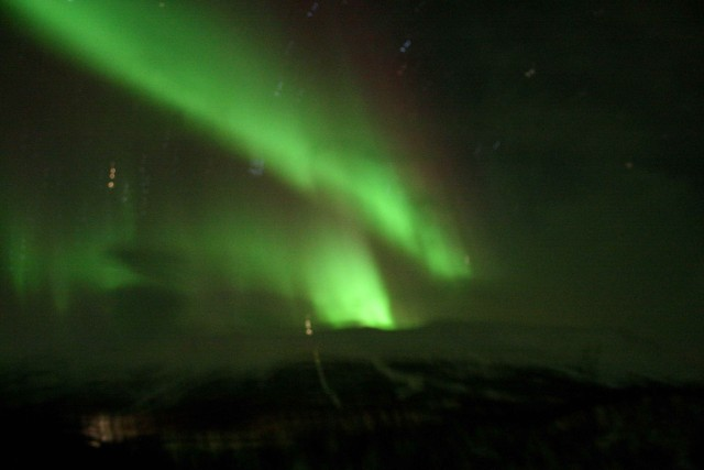More pretty northern lights above Abisko.