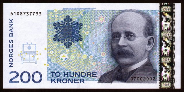 The 200 Kroner note feature Kristian Birkeland and his terella experiment.