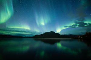 Aurora photo by Sami Takarautio in Finland - Aurora resources in other languages - Melanie Windridge